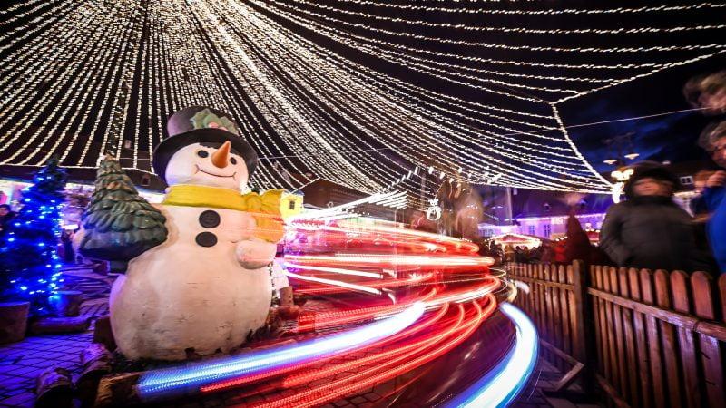 Vom avea iluminat festiv în Sibiu. Brad de 24m