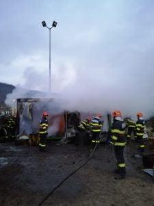 Incendiu la fabrica de prelucrarea lemnului
