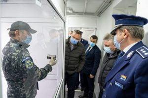 Câini antrenați pentru detectarea persoanelor infectate cu SARS-Cov-2, la Sibiu