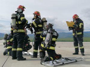 Simulare de incendiu la Aeroportul Internaţional Sibiu. 40 de pompieri și 12 autospeciale