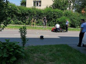 Accident| Mopedist spulberat din neatenție|FOTO